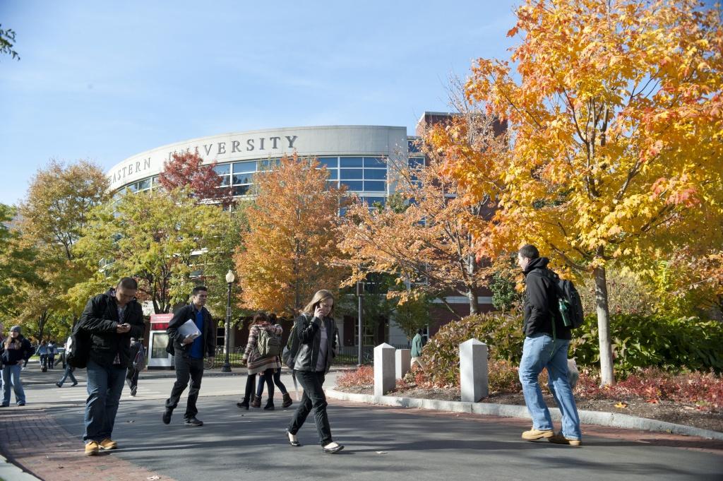 đại học mỹ 4