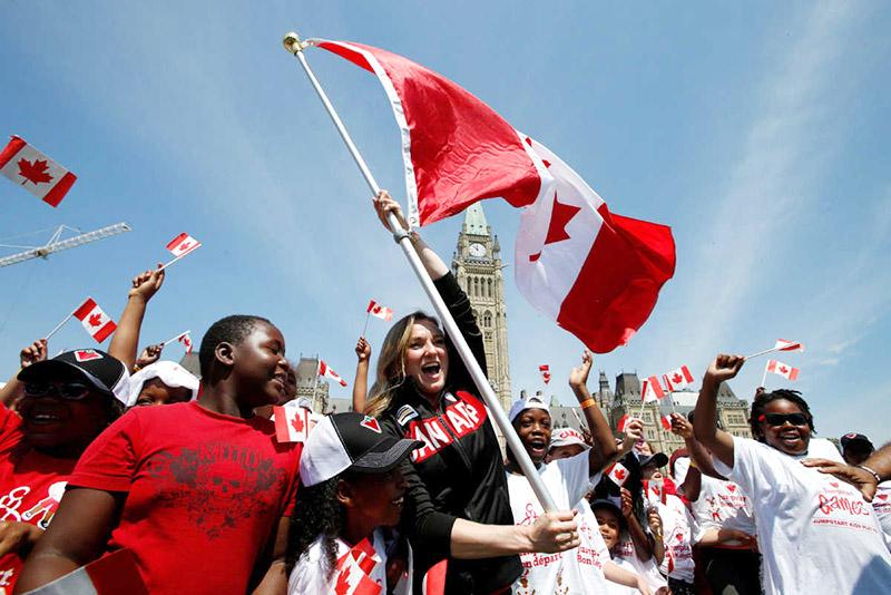 DU HỌC CANADA: TĂNG HẠN NGẠCH NHẬP CƯ